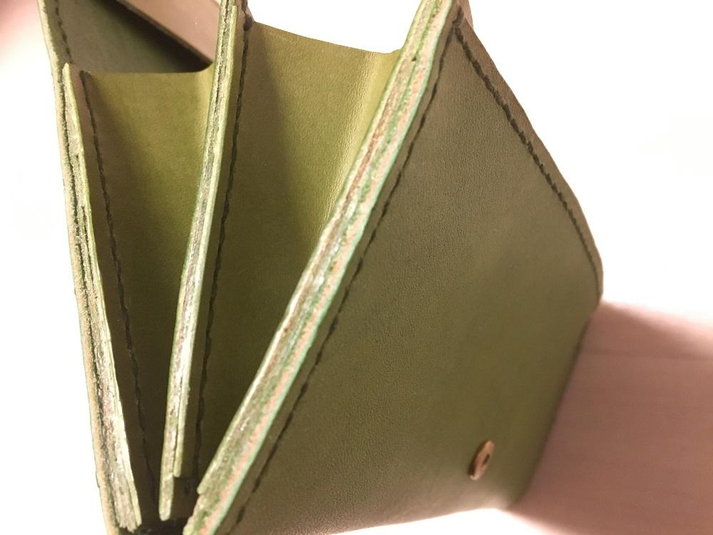 緑本ヌメ革の長財布69
