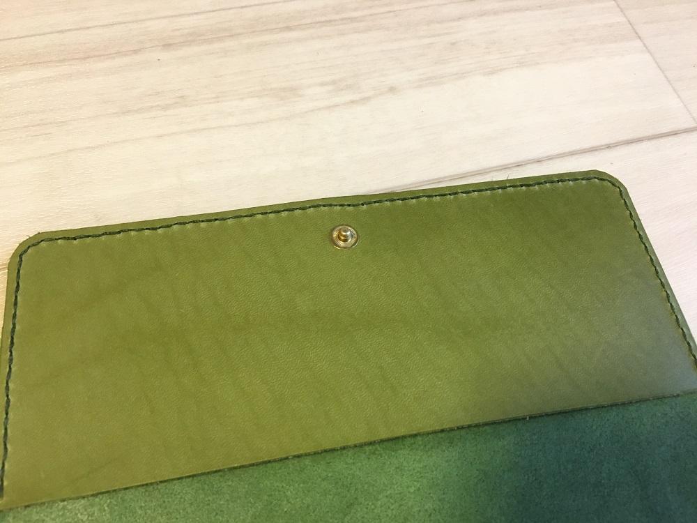 緑本ヌメ革の長財布47