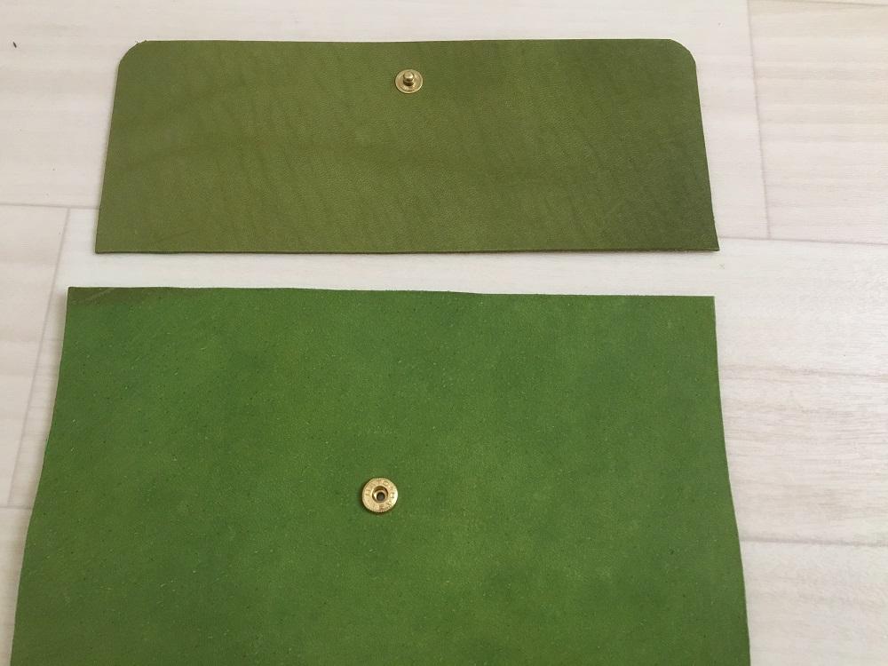 緑本ヌメ革の長財布2
