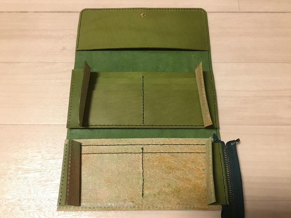 緑本ヌメ革の長財布56