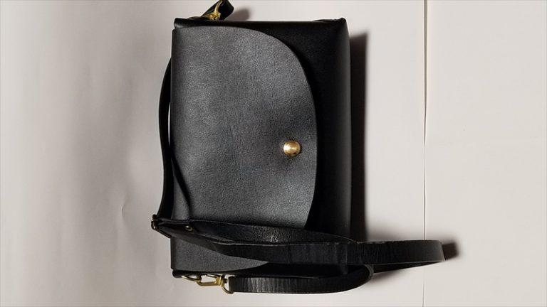 限定革のショルダーバッグ|レザークラフト作品事例 (1)