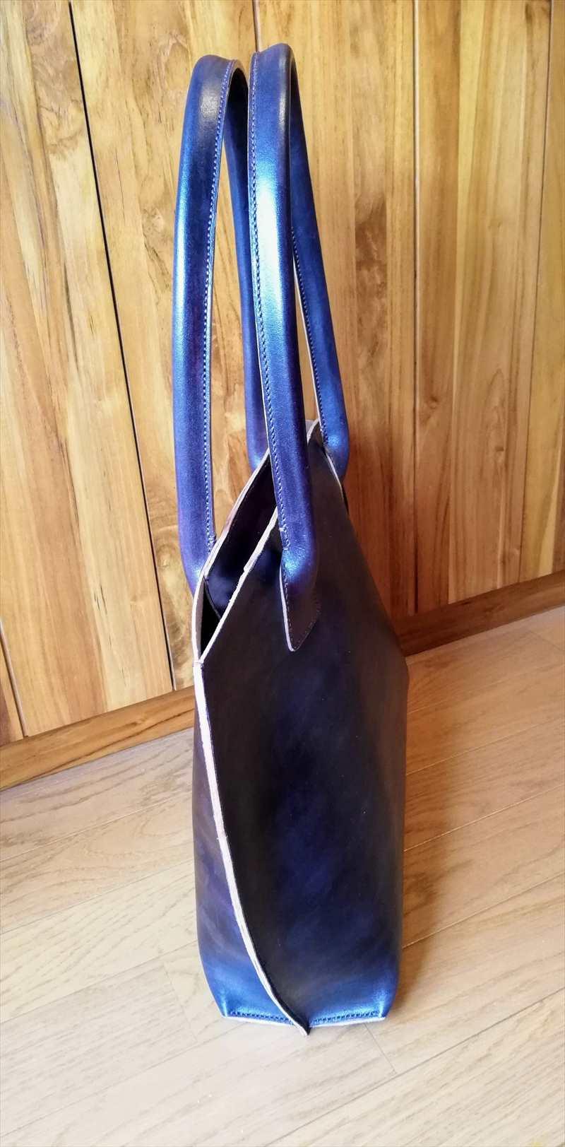 ヌメ革を染めたトートバッグ (1)_R