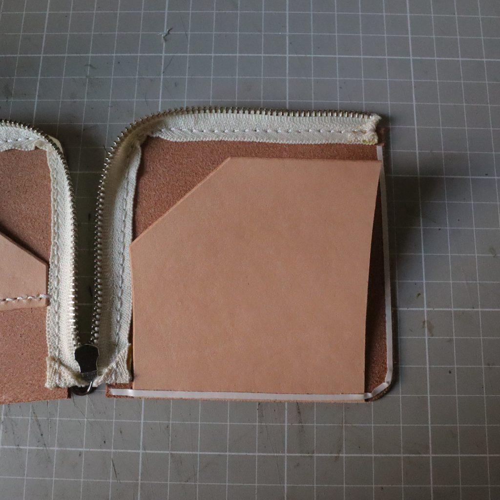 外装縫い合わせ002|L字ファスナーの小型財布|レザークラフト作品紹介