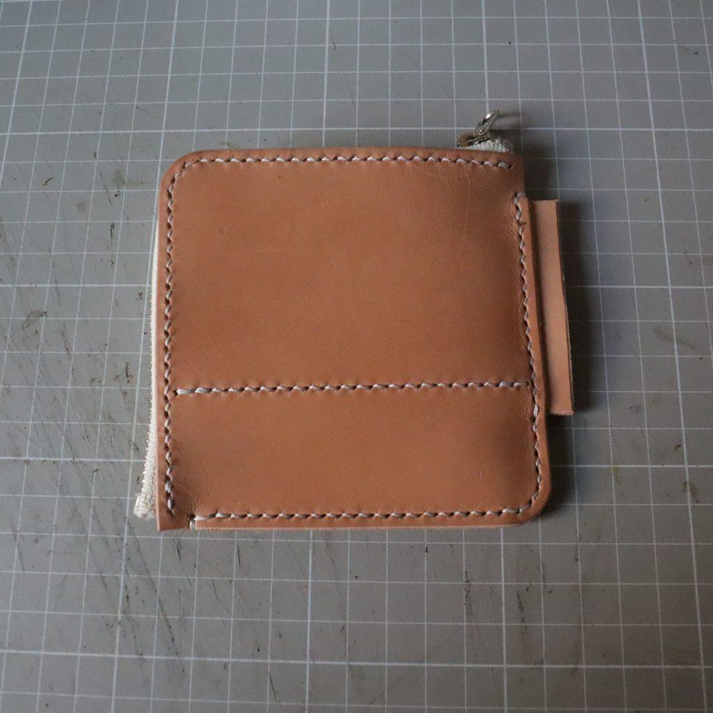 外装縫い合わせ7|L字ファスナーの小型財布|レザークラフト作品紹介