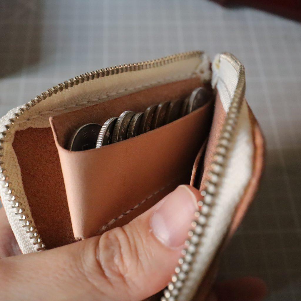 L字ファスナーの小型財布|レザークラフト作品紹介008