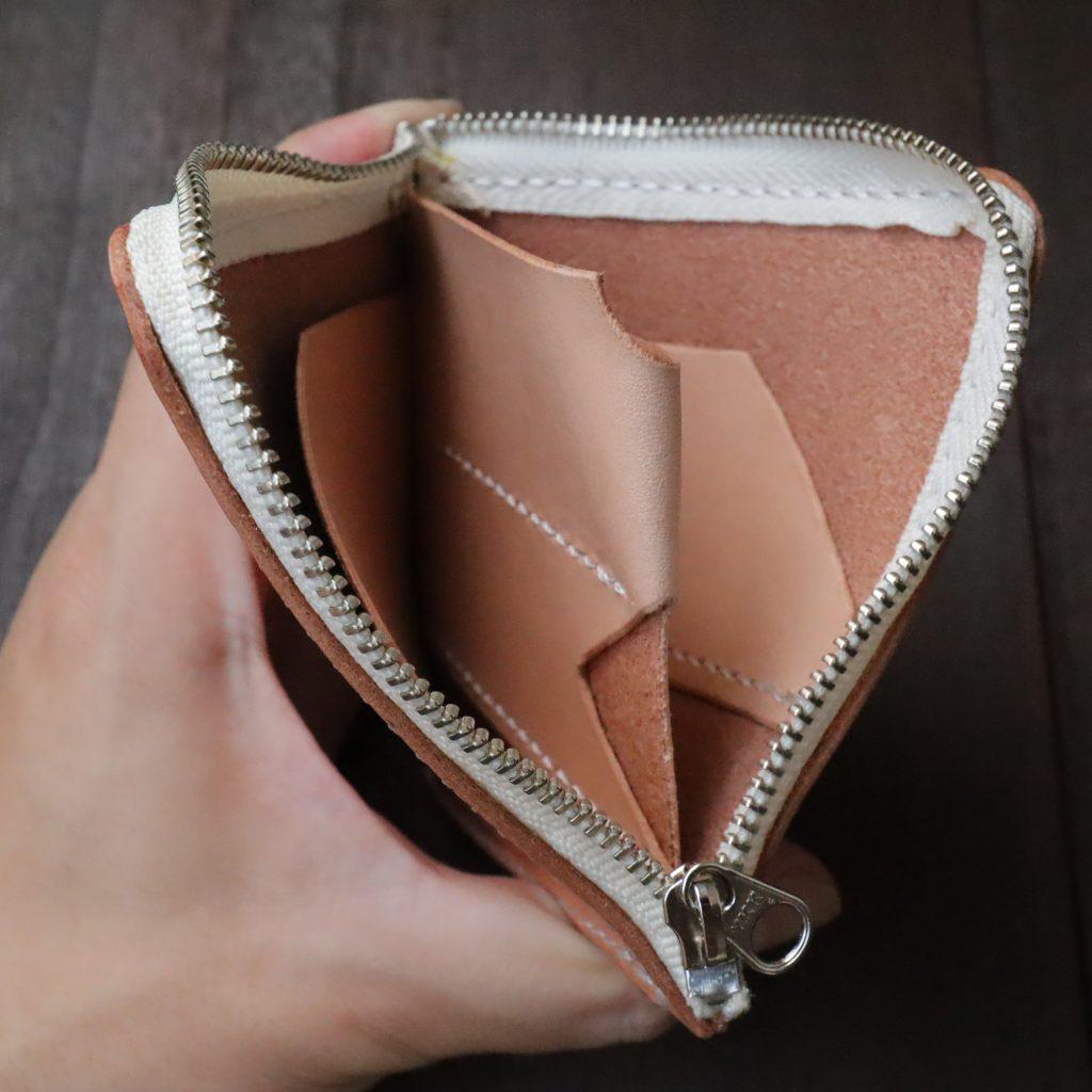 L字ファスナーの小型財布|レザークラフト作品紹介003