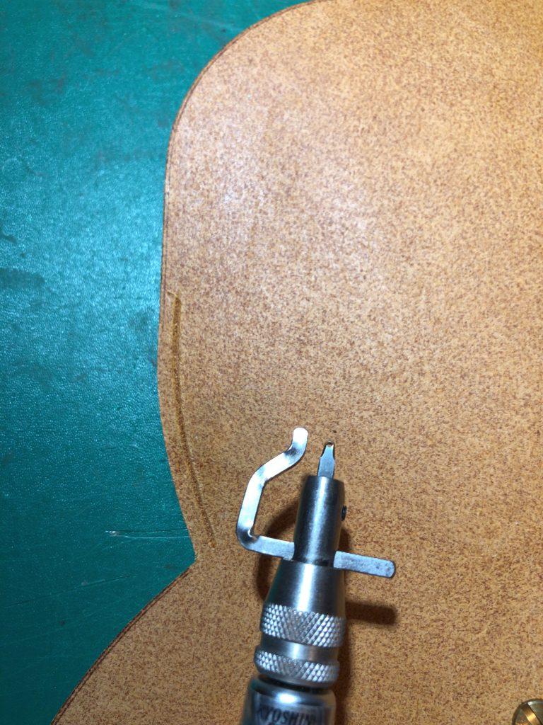 【レザークラフトブログ】メガネケースの製作過程紹介05