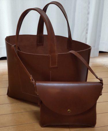 サコッシュと大きなトートバッグ|レザークラフト作品ブログ